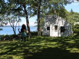Comfortable 2 bedroom House in Bailey Island - Bailey Island vacation rentals