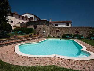 Gorgeous 2 bedroom Condo in Carmignano - Carmignano vacation rentals