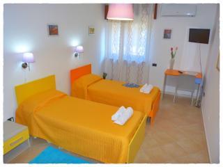 3 bedroom B&B with Deck in Crotone - Crotone vacation rentals