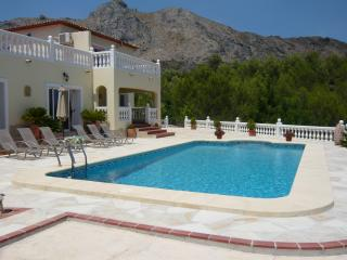 Beautiful Villa with Internet Access and A/C - Benigembla vacation rentals