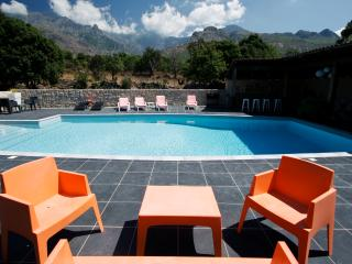 Convenient Condo in Calenzana with Garden, sleeps 4 - Calenzana vacation rentals