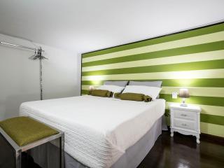 Quattro Canti Luxury Apartment - Palermo vacation rentals