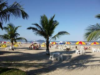 CONDOMINIO FRENTE AO MAR , BERTIOGA LITORAL NORTE - Bertioga vacation rentals