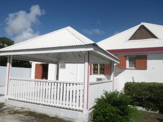 Nice Condo with Internet Access and A/C - Port-Louis vacation rentals