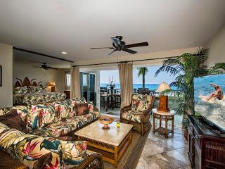 Oceanfront ~ Amazing Ocean Views ~ Banyan Tree 301 - Kailua-Kona vacation rentals