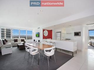 Q1 Resort - 3 Bedroom Luxury Apartment - Surfers Paradise vacation rentals