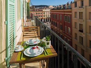 Nice Carré d'Or - Pedestrian zone - Studio - Nice vacation rentals