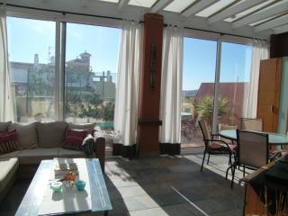 Bright penthouse, large terrace, free WIFI, pool - Velez-Malaga vacation rentals