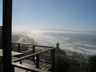 Downstairs apartment's magic views - Muizenberg vacation rentals