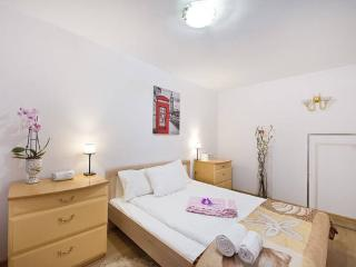 Apartament LONDON - Gdynia vacation rentals