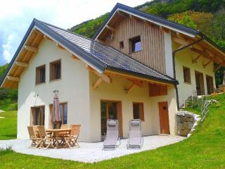 Nice 2 bedroom Chalet in Montagnole - Montagnole vacation rentals