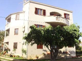 Apartments Dalmatino Pakoštane - Pakostane vacation rentals