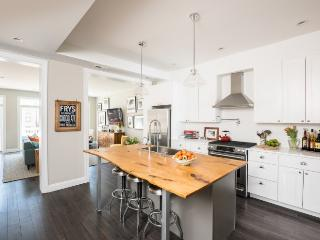 Capitol Hill Row House - Cari's in the City - Washington DC vacation rentals