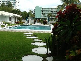 Beach Chic Villa - Lauderdale by the Sea vacation rentals