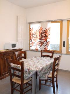 Bright 2 bedroom Colle Isarco Condo with Internet Access - Colle Isarco vacation rentals