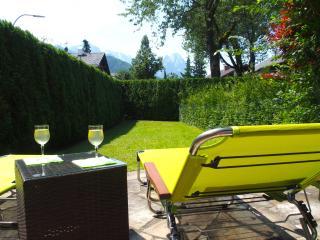 Basecamp Garmisch 4****, hochwertig mit 6 Betten, Garten, Kamin, Parkplatz - Garmisch-Partenkirchen vacation rentals