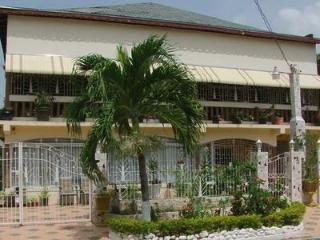 Affordable Vacation  in St. Catherine Jamaica - Spanish Town vacation rentals