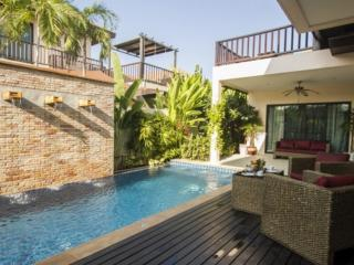 Beautiful 3 bed Pool Villa in Rawai - Rawai vacation rentals