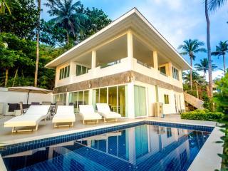 Coconut Bay Villa Beach Front - Ko Lanta vacation rentals