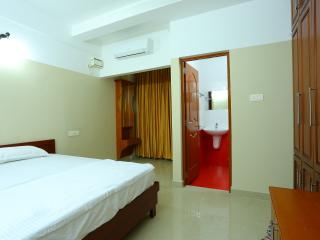 Fully Furnished Suit Rooms with Kitchen - Thiruvananthapuram (Trivandrum) vacation rentals