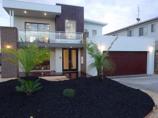 Luxury New Beach House 100m Whites Beach/Sands GC - Torquay vacation rentals