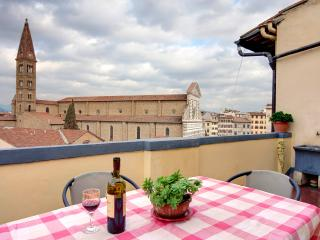 Room for 2 people with terrace in S.M.N area - Florence vacation rentals