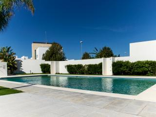 Modern, Pool, 350 mts from the beach (18077) - Conil de la Frontera vacation rentals