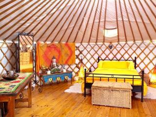 Gorgeous 2 bedroom Yurt in Cartagena - Cartagena vacation rentals
