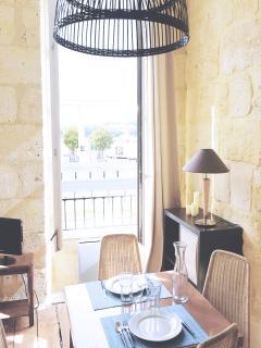 sur les quais, charmant appartement - Bordeaux vacation rentals