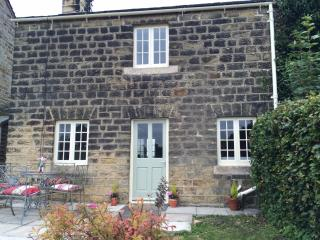 Pretty 1750 grade 2 listed yorkshire stone cottage - Harrogate vacation rentals
