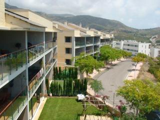 Perfect Condo with Garden and A/C - Benicasim vacation rentals