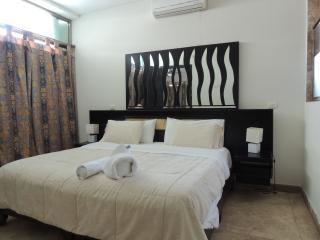 2 bedroom / 2 bathroom apartment for 5 guests - Playa del Carmen vacation rentals