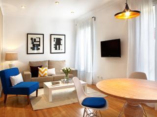 García de Paredes - 3 Bedroom Apartment - Chamberí (Madrid Center) - Madrid vacation rentals