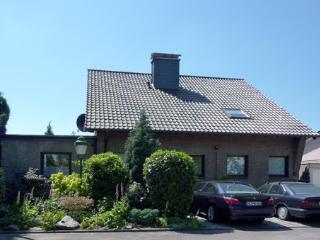 Nice House with Internet Access and Long Term Rentals Allowed (over 1 Month) - Meerbusch vacation rentals