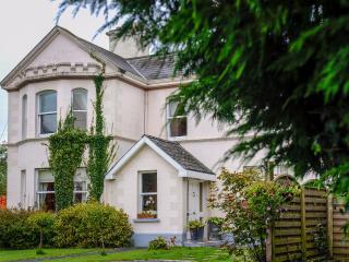 Banba House, 5* reviews. seasonal pricing - Galway vacation rentals