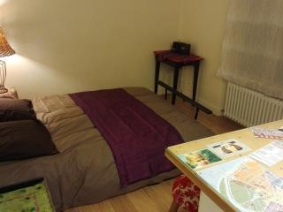 Cozy Boulogne-Billancourt Studio rental with Stove - Boulogne-Billancourt vacation rentals