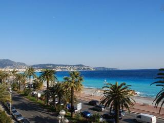 STANDING - VUE MER- 100m2- 3 CHAMBRE / 6 Personnes - Nice vacation rentals