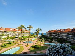 DUPLEX PARK DE MAR - Sitges vacation rentals