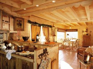 6 bedroom Chalet with Internet Access in Notre Dame de Bellecombe - Notre Dame de Bellecombe vacation rentals