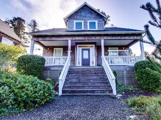 Grand home w/ private hot tub, entertainment & nearby beach access! - Depoe Bay vacation rentals