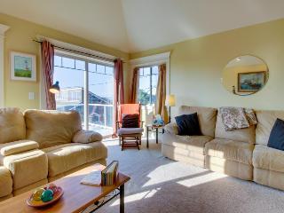 Three-level, dog-friendly home with ocean views & pool table, walk to beach! - Rockaway Beach vacation rentals