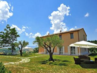 Nice 1 bedroom Orciano di Pesaro House with Garden - Orciano di Pesaro vacation rentals
