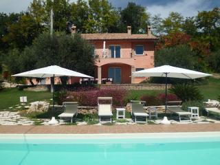 6 bedroom Villa with Internet Access in Moresco - Moresco vacation rentals