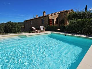 Lovely 6 bedroom Villa in San Ginesio - San Ginesio vacation rentals
