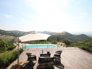 Bright Villa in Montefelcino with Internet Access, sleeps 11 - Montefelcino vacation rentals
