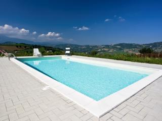 Nice Villa with Internet Access and Dishwasher - Amandola vacation rentals