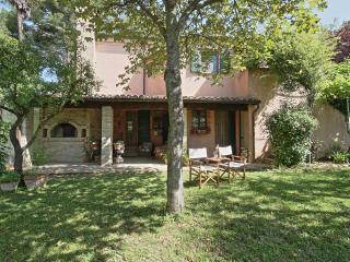 4 bedroom Villa with Internet Access in Montemaggiore al Metauro - Montemaggiore al Metauro vacation rentals