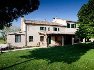 Adorable 6 bedroom Fano Villa with Television - Fano vacation rentals