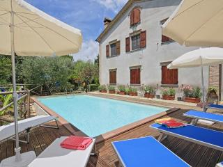 Charming House with Internet Access and Television - Mondavio vacation rentals