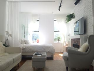 Sunny Chelsea Getaway - New York City vacation rentals